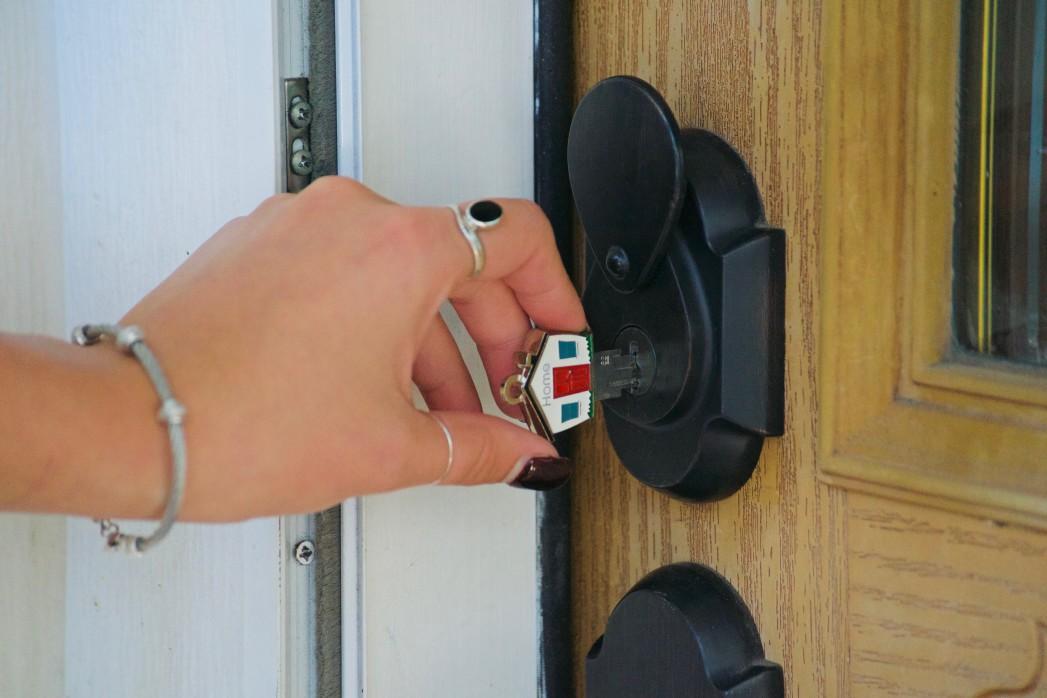 Haustür mit gutem Sicherheitsbeschlag